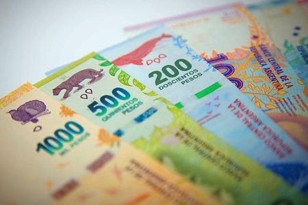 El Banco Central busca alentar inversiones en pesos