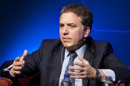 Argentina planea reforma tributaria y bajar subsidios para lograr meta fiscal