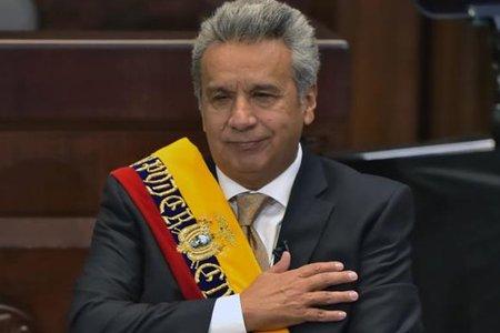 Ex presidente ecuatoriano Correa sale del hospital tras superar neumonía leve