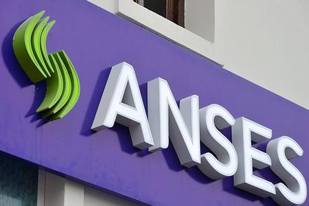 Ahora los créditos Argenta llegarán a más jubilados, AUH y activos