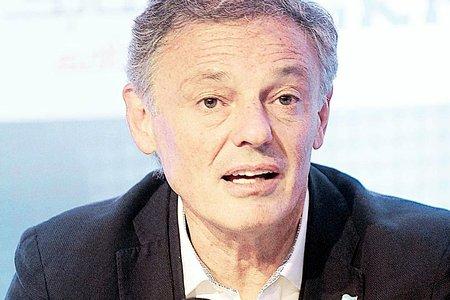 Regulador de Argentina acepta compromiso de desinversión en emisora local de Visa
