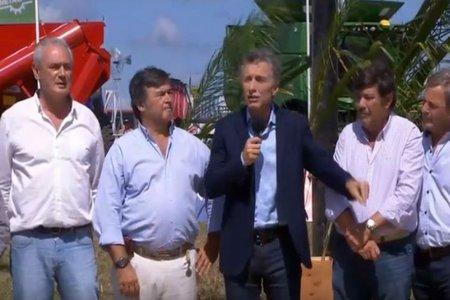 Seguridad, conexión y créditos: medidas de Macri para el agro